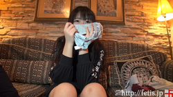 Dog sniffing whip beautiful girl ② Stain pants and mancas edition