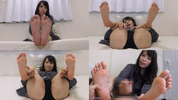 Kyoko Sanaki ejaculates a perverted M man with a leg attack! [Foot blame documentary]