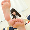 Rika Mikan ejaculates a perverted M man's feet! [Foot torture documentary]