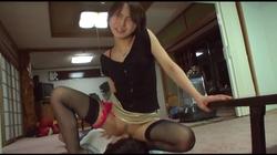 【ジャネス】ところ構わずオマ●コを見せつけ誘惑する露出女の亀頭責め手コキ #003